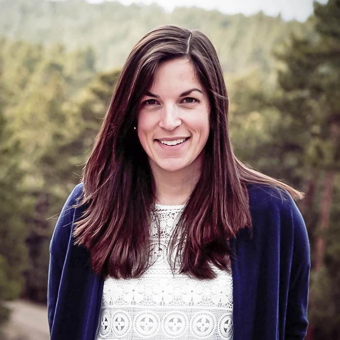 Heather Hoglund headshot
